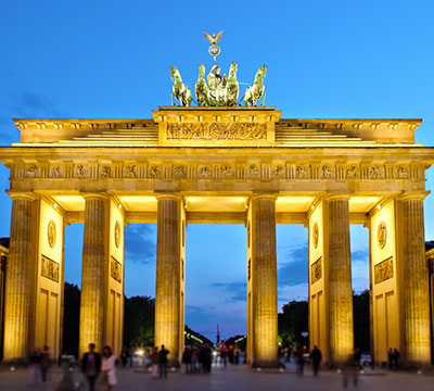Learn German online to visit the Brandenburg Gate in Berlin