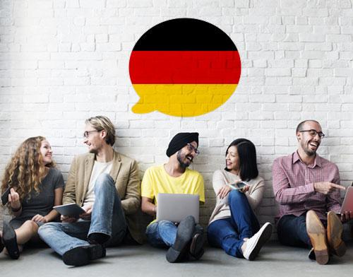 Imagen que muestra a personas aprendiendo alemán