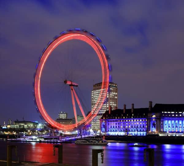 Лондонский глаз (Англия) - место, которое вы можете посетить, пройдя уроки английского языка от Mondly