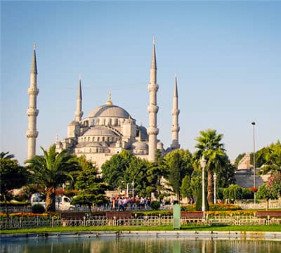 圣索非亚大教堂,伊斯坦布尔 - 一个你用Mondly学习完土耳其语课程后可以访问的地方