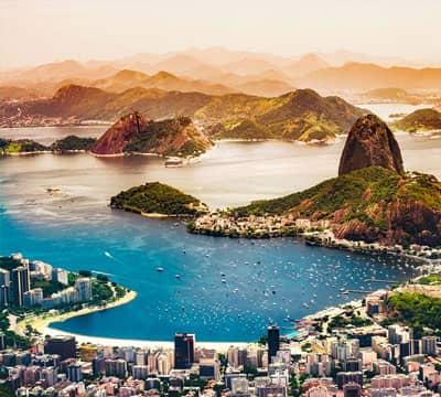 Imagen que muestra Copacabana, la famosa atracción brasileña