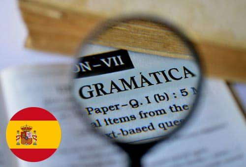 Image showing how you can improve your Spanish grammar online with Mondly